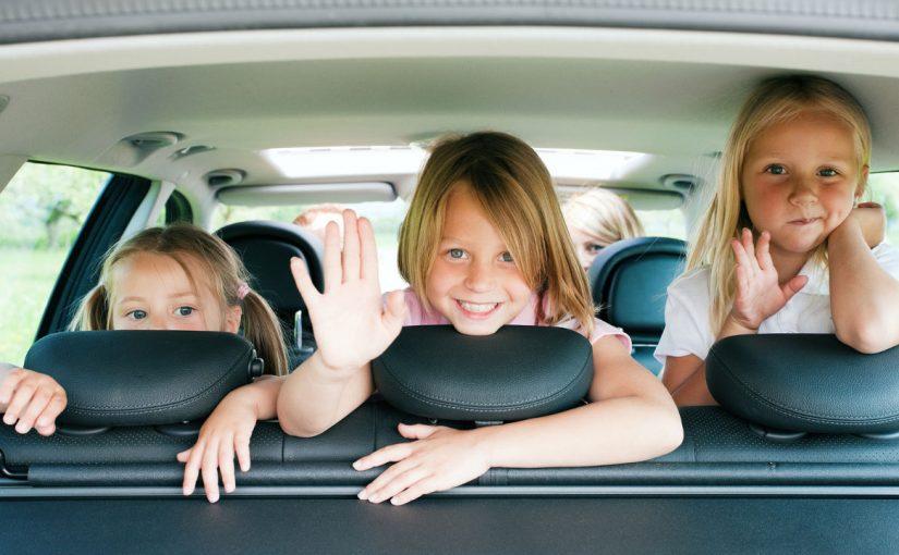 Voyager en voiture avec ses enfants : les bonnes pratiques
